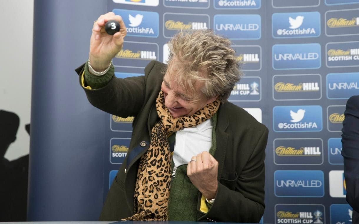 Rod Stewart really really enjoys himself doing the Scottish Cup fifth round draw
