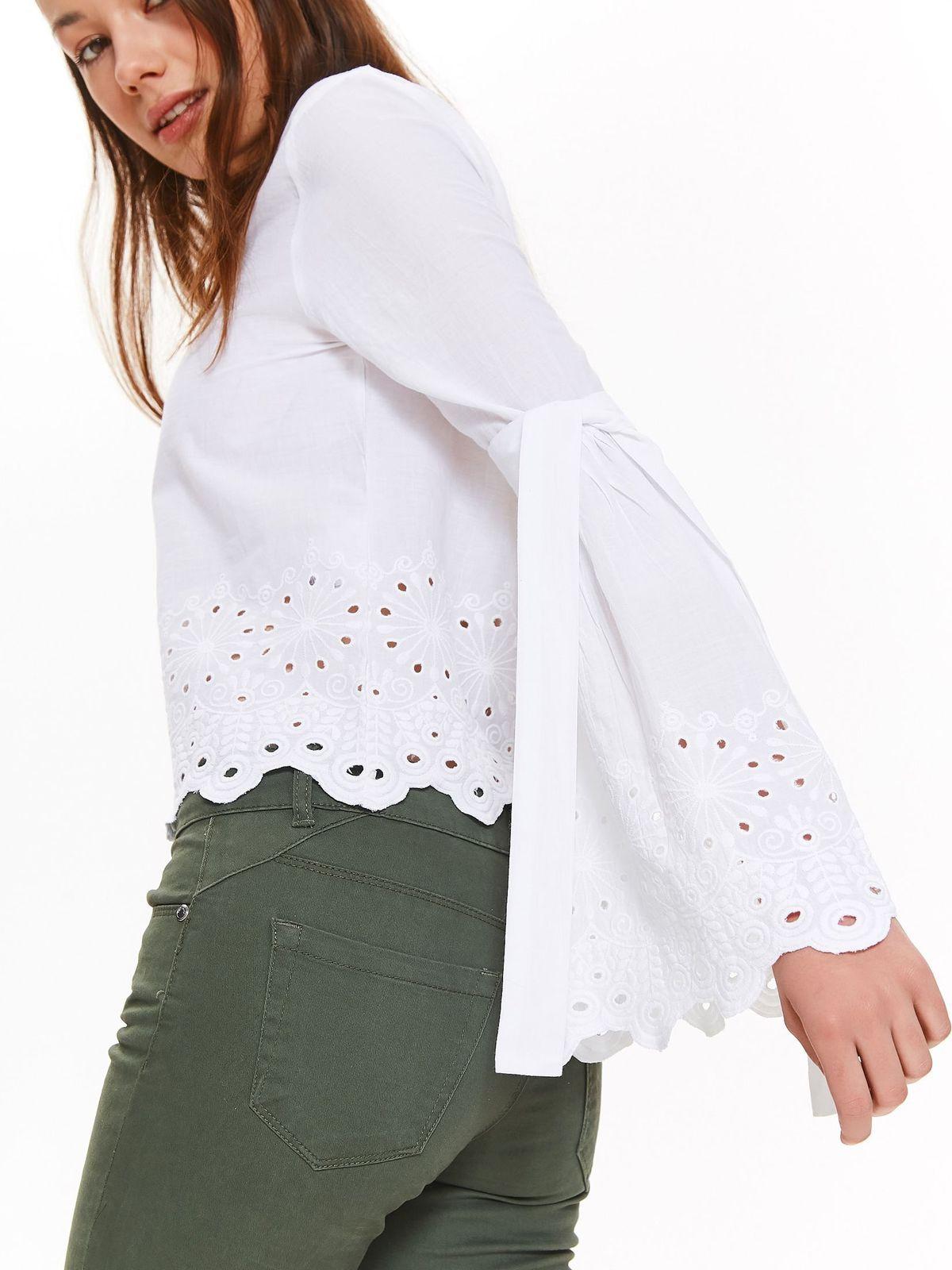 552494eafb Bluzka damska bluzka długi rękaw biała - TBD0144 o luźnym kroju