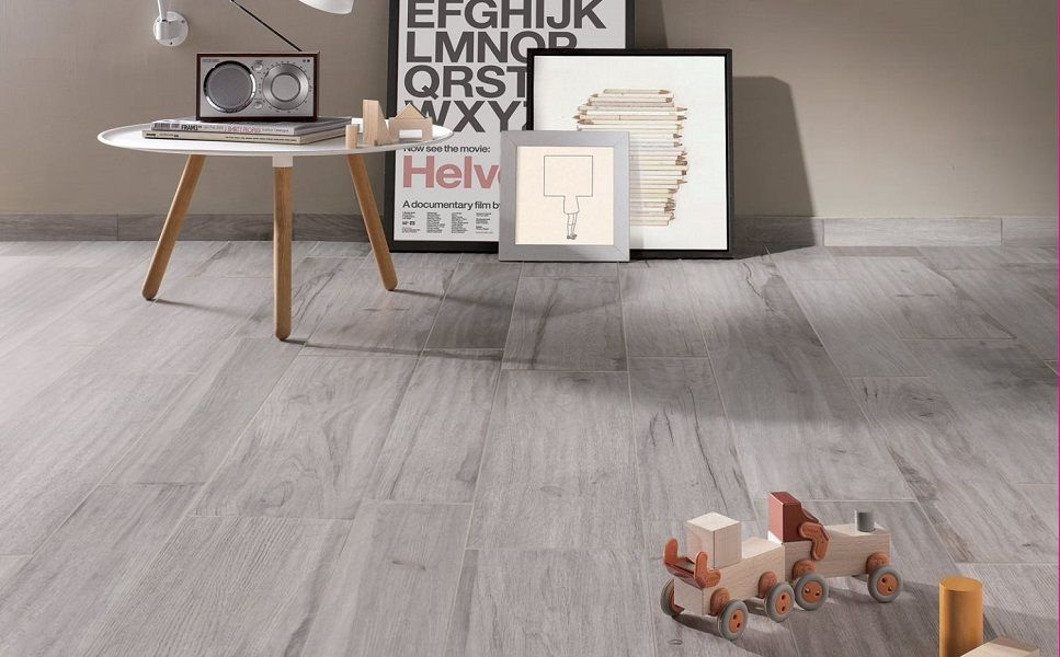 Abk soleras grigio wood effect floor tiles with a for Finto parquet grigio