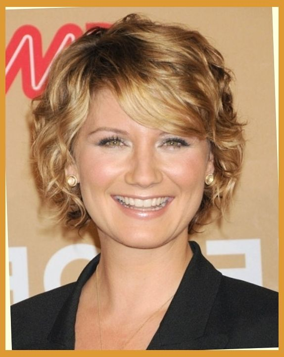 Hairstyles for short hair older women