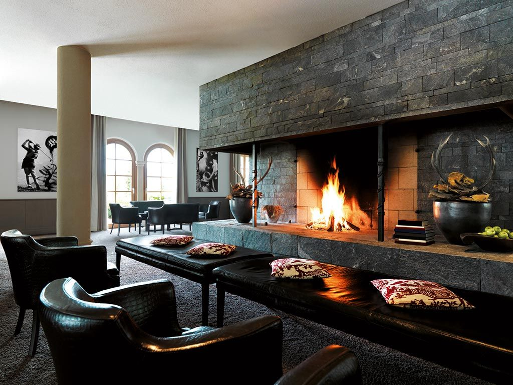 Comfy Put Your Feet Up Let S Relax Type Of Space Leather Chairs And Benches For Seats Or Feet In Front Of An Fireplace Comfy Leather Chair Open Fireplace