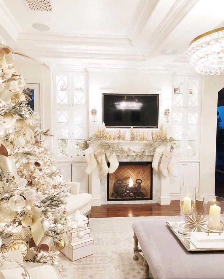 Cheap Do It Yourself Home Decor: Stunning Christmas Decor!