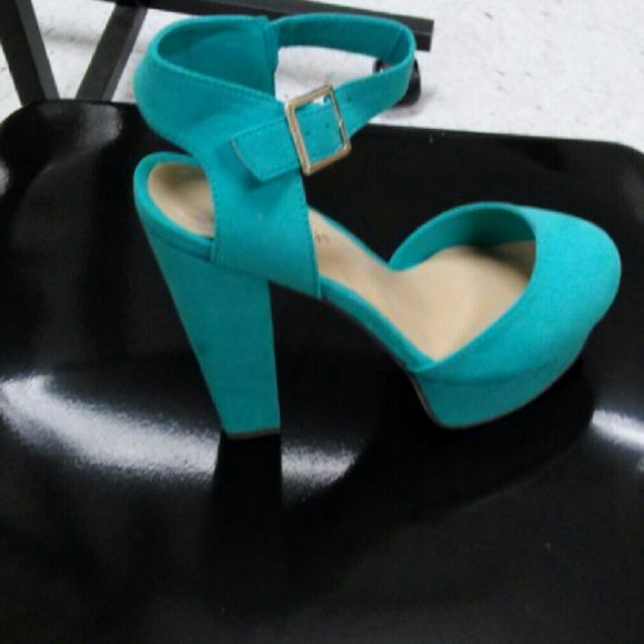 Aqua Chunky Heel Pumps Faux suede aqua chunky heel pumps New in box  This listing includes a free mystery gift Breckelles Shoes Heels