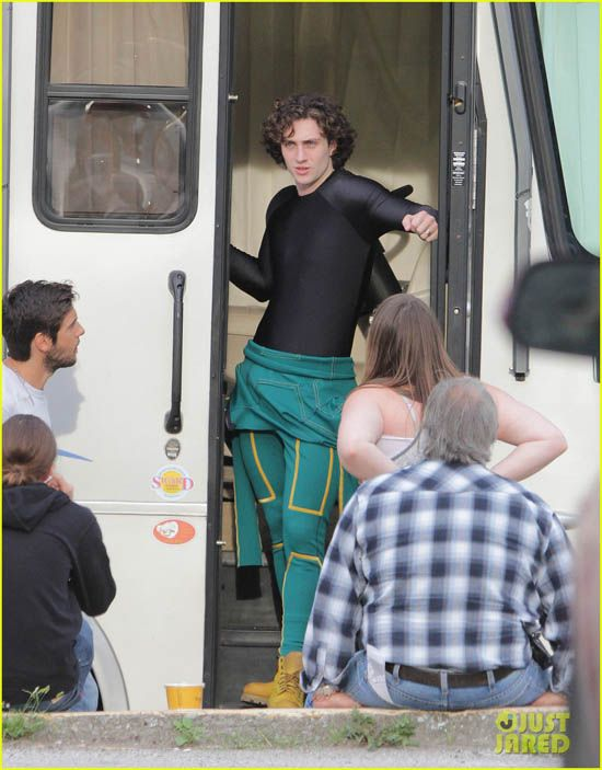 Aaron Taylor Johnson Bulge And Jew Fro Blond Actors