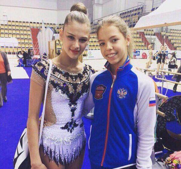 Soldatova reutiliza el maillot de Kudryavtseva de cinta en 2014 para su ejercicio de pelota en 2016