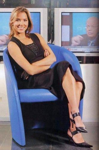 Melissa Theuriau Legs