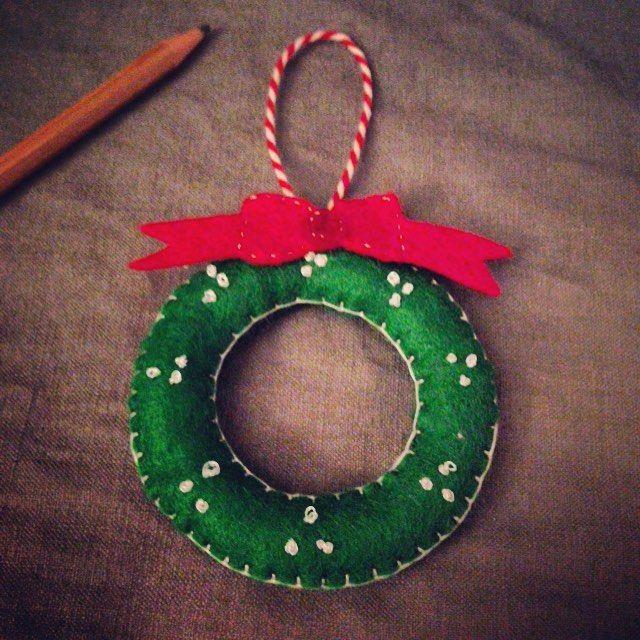 Handmade Christmas tree ornament   Free pattern   Pinterest