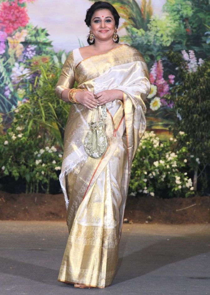 Vidya Balan Looked Elegant In A Lovely Golden Saree At Sonam Kapoor