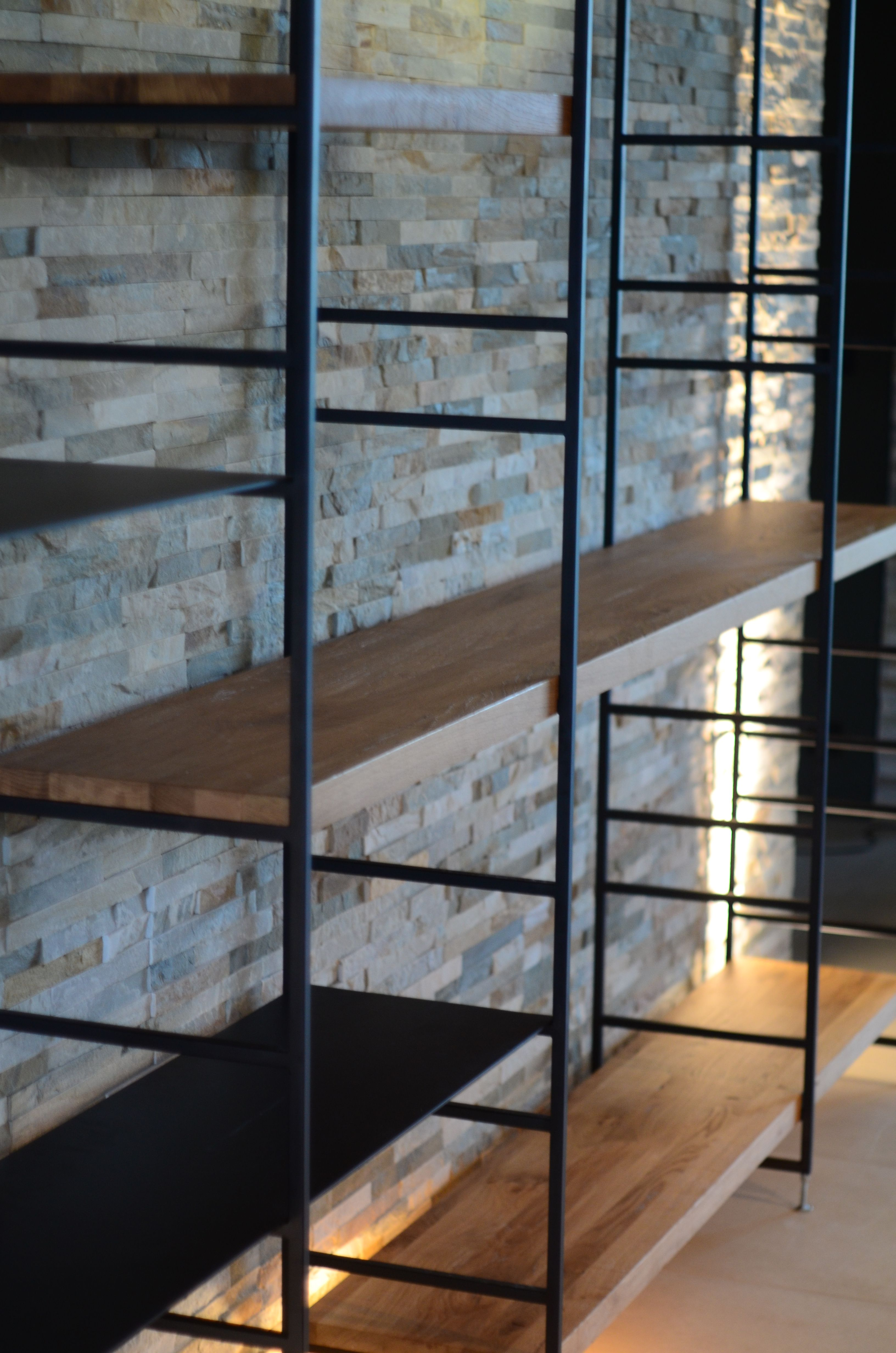 Design Sur Mesure Artisanat Robi Mobilier Meuble Bibliotheque Salon Maison Appartement Bois Acier Contemporain Decoration Acier Bois Bois Design