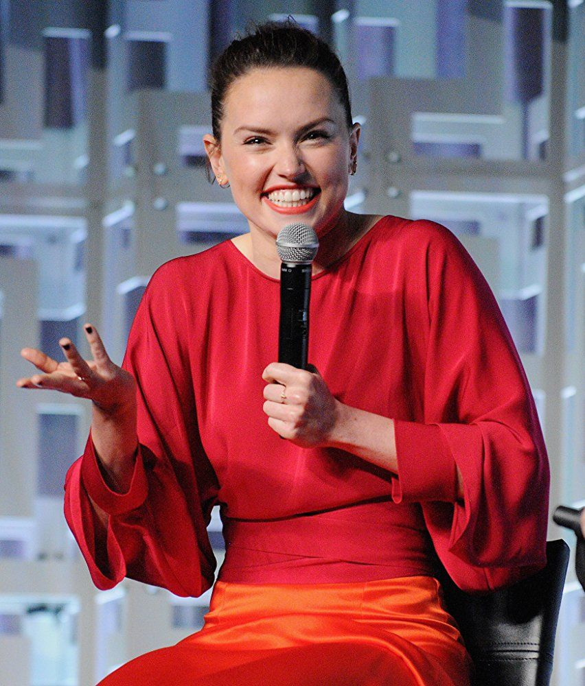 Daisy Ridley On Imdb Movies Tv Celebs And More Photo Gallery Imdb Daisy Ridley Daisy Ridley Hot Star Wars Celebration