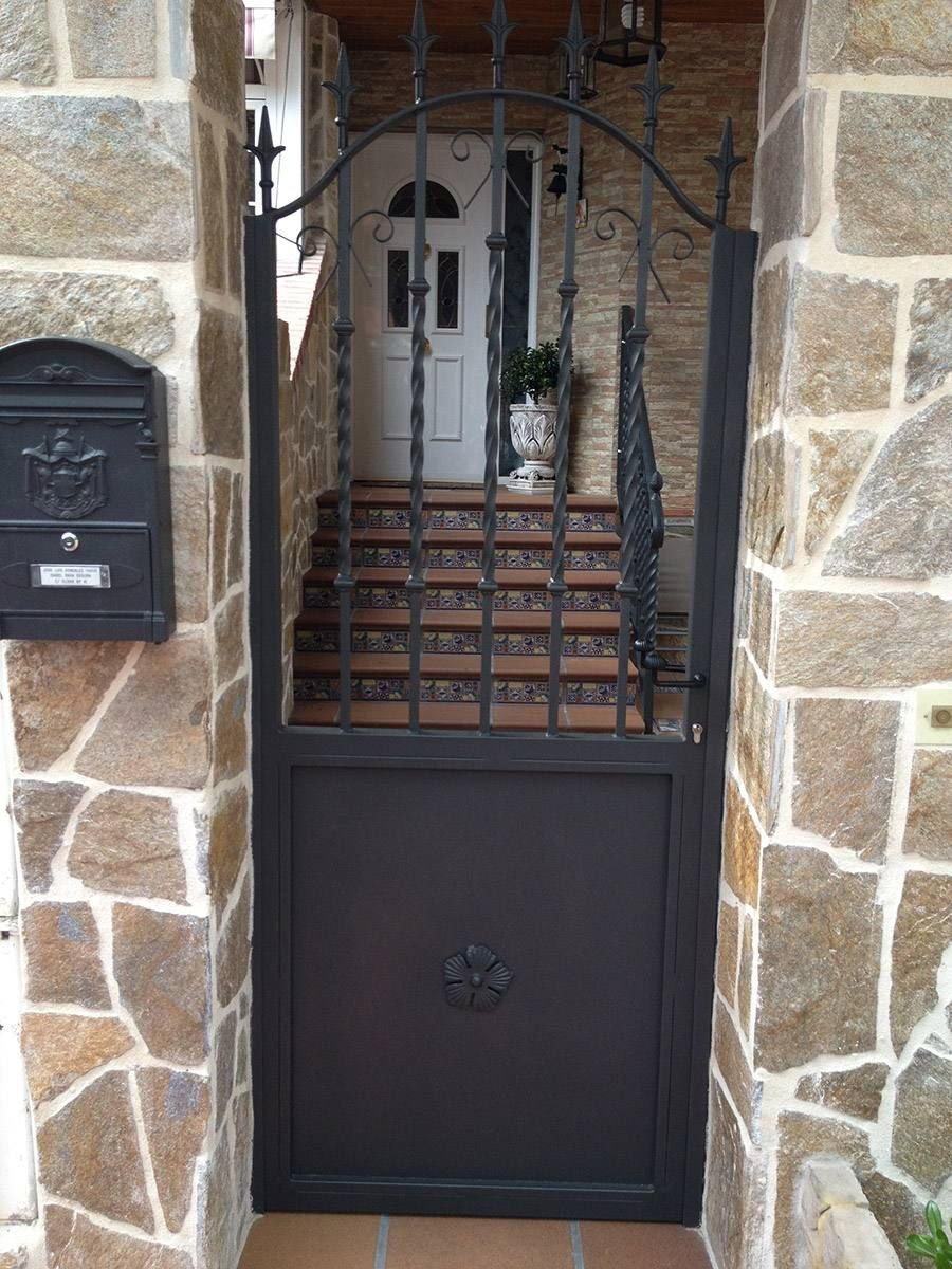 Puerta corredera metalica exterior excellent elegant - Puerta metalica exterior ...