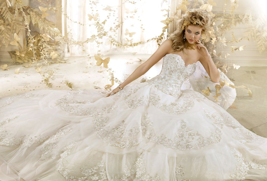Eve of Milady Couture Collection Style 4323