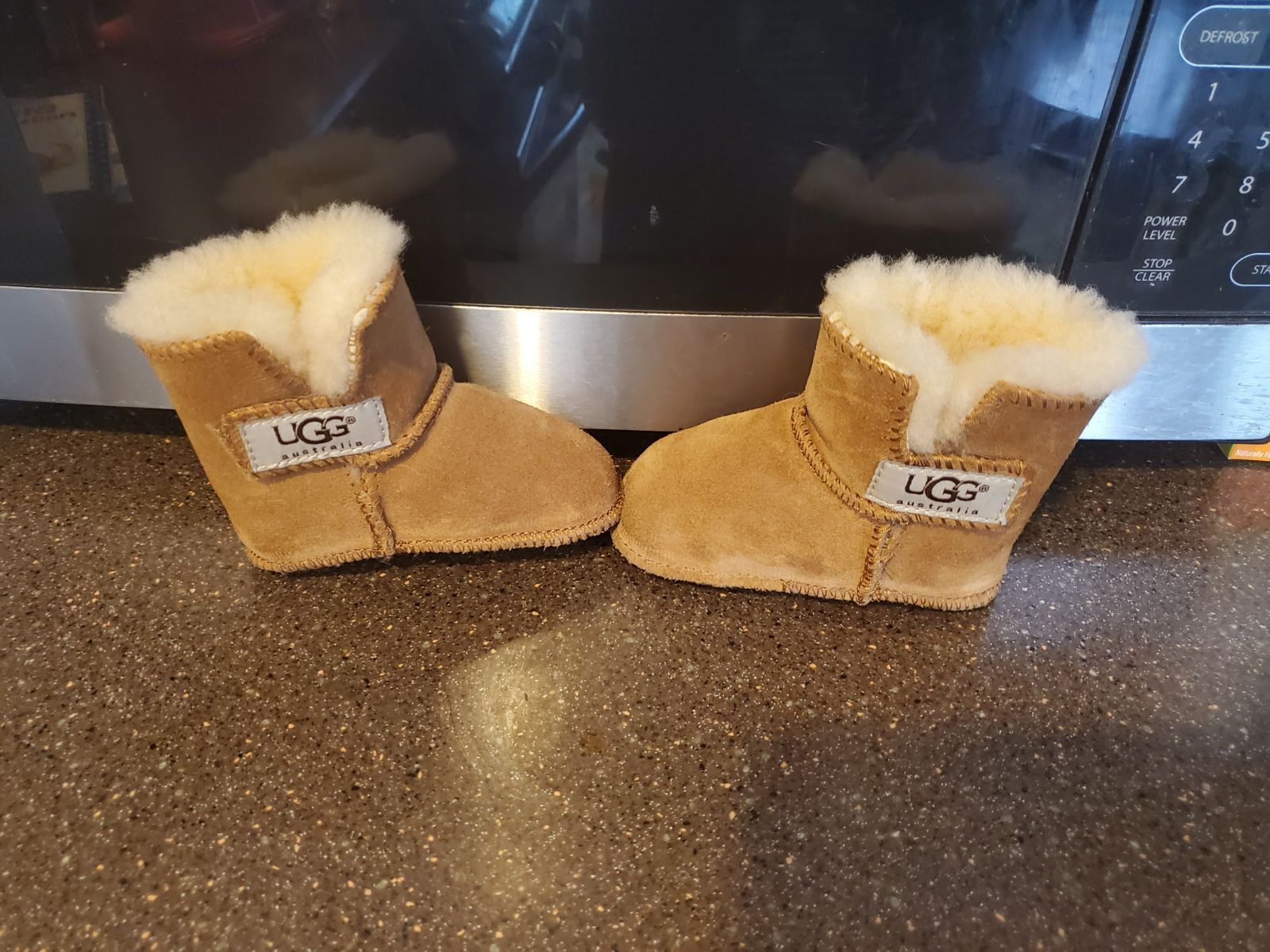 Infant uggs size small (2-3) Free ship