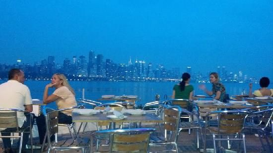 Waterside Restaurant North Bergen Nj Dining With A View
