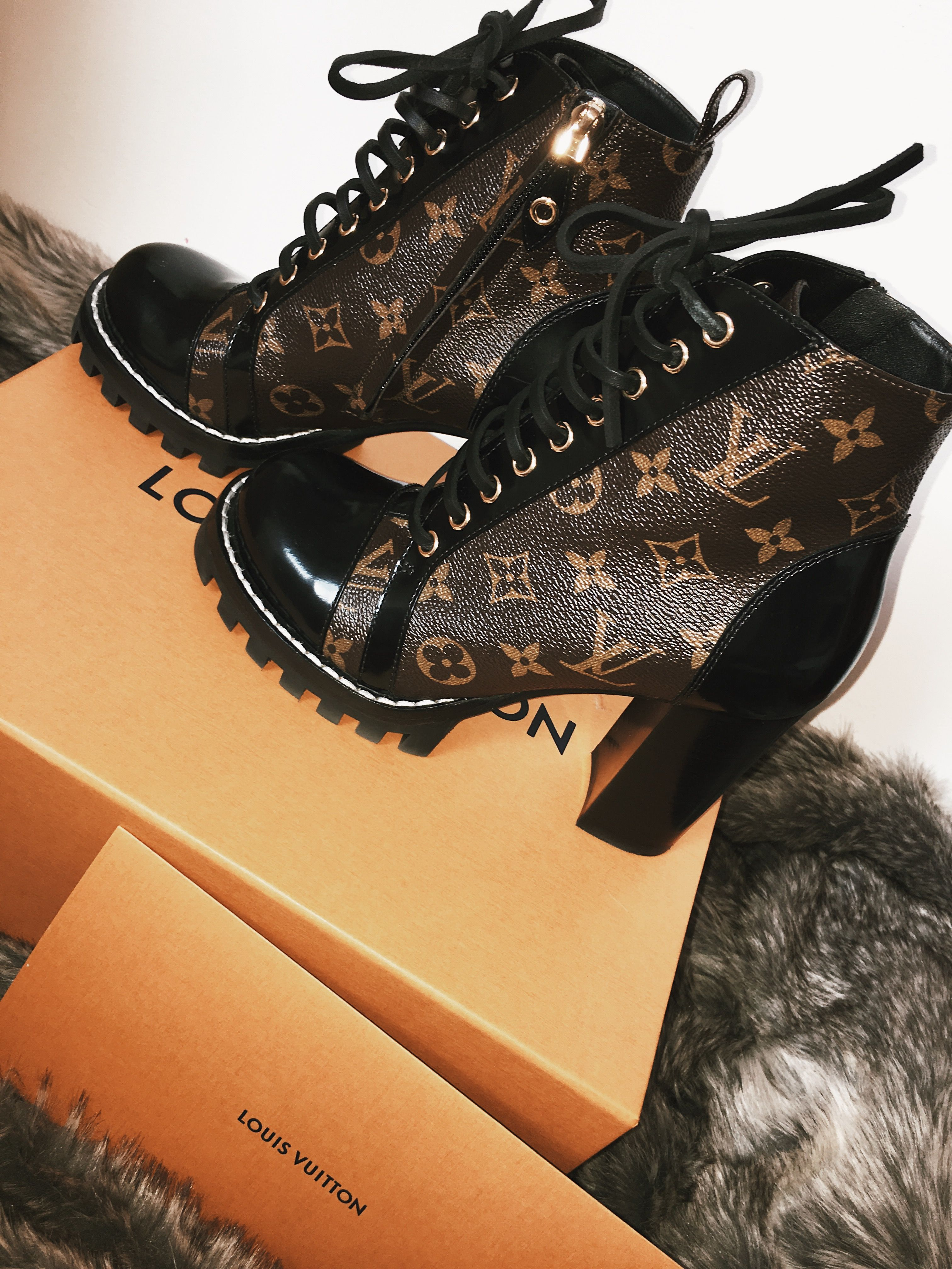 3d3f647bfb27 Louis Vuitton star trail ankle boots
