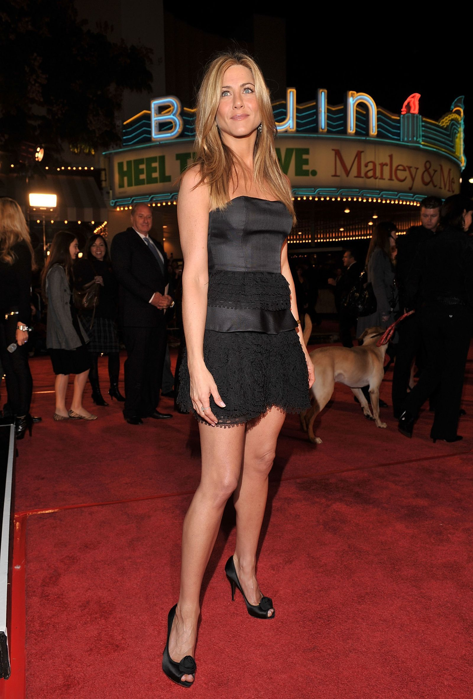 Jennifer Aniston S Best Outfits Of All Time Would Make Rachel Green Proud Jennifer Aniston Jennifer Aniston Style Cool Outfits [ 2362 x 1600 Pixel ]