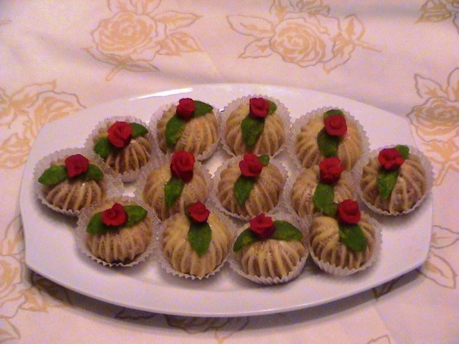 حلويات جزائرية للافراح بالصور Food Desserts Mini Cupcakes