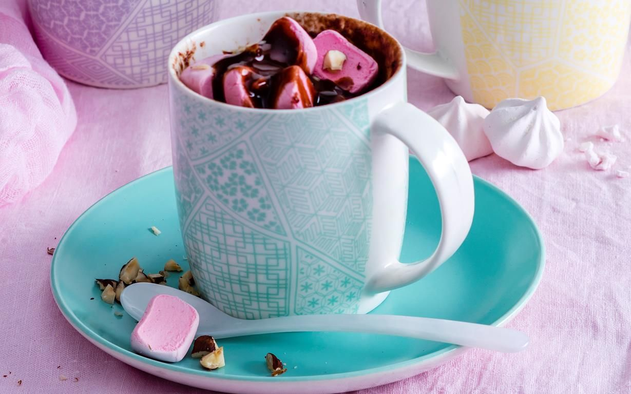 This microwave mug cake recipe is a healthy version of ...