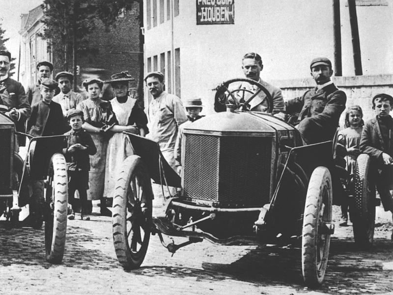 http://images.forum-auto.com/mesimages/431238/1907-CDA-KAISERPREIS-MINERVA 8L-WRIGHT_01.jpg