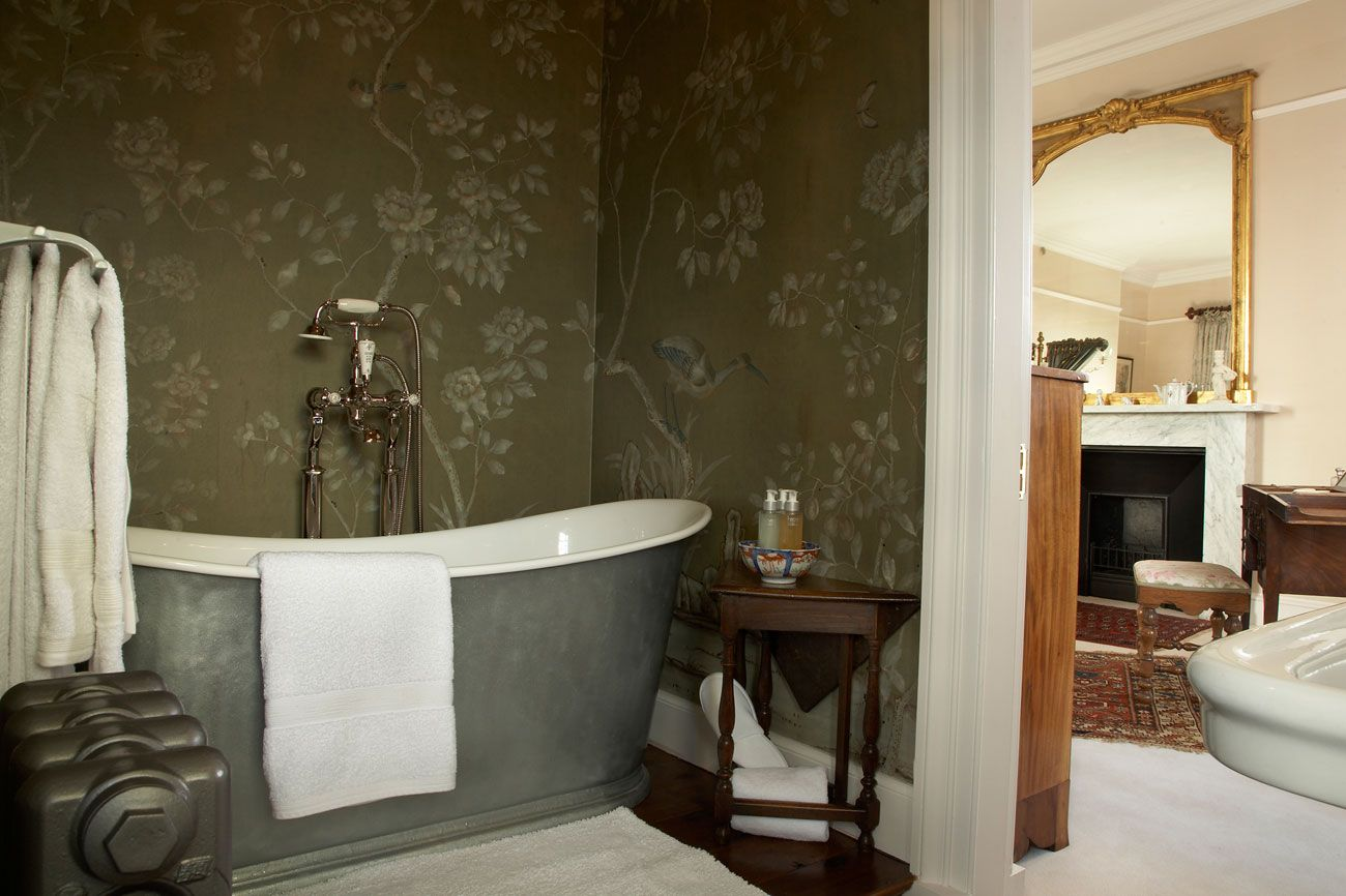 Hallway wallpaper or paint  de Gournay  Deco  Pinterest  Chinoiserie Wallpaper and Fabrics