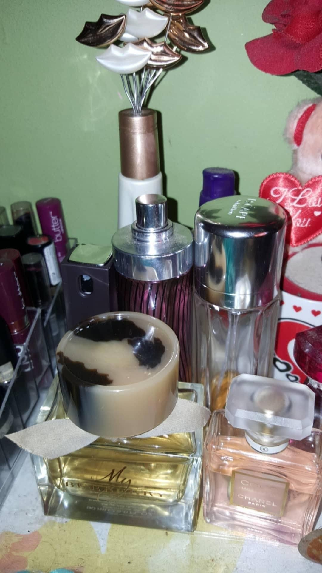 Pin by Shenelle Mendoza on Perfume Chocolate, Perfume, Food