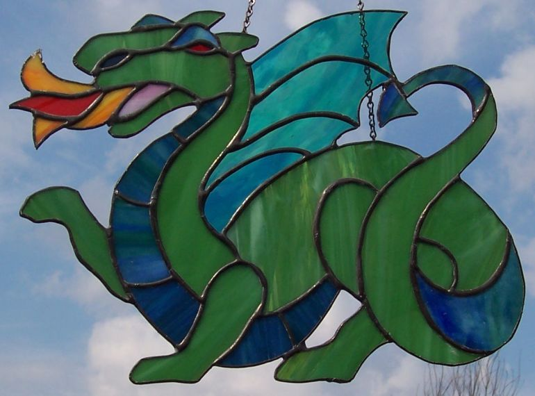 фото и рисунки драконов для витража