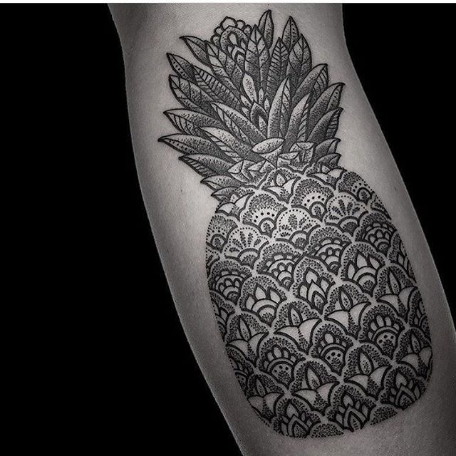 WEBSTA @ blackworkers_tattoo - Tattoo by @manchetattoo #blackworkers #blackworkers_tattoo #bw #tattoo #blackwork #blacktattoo