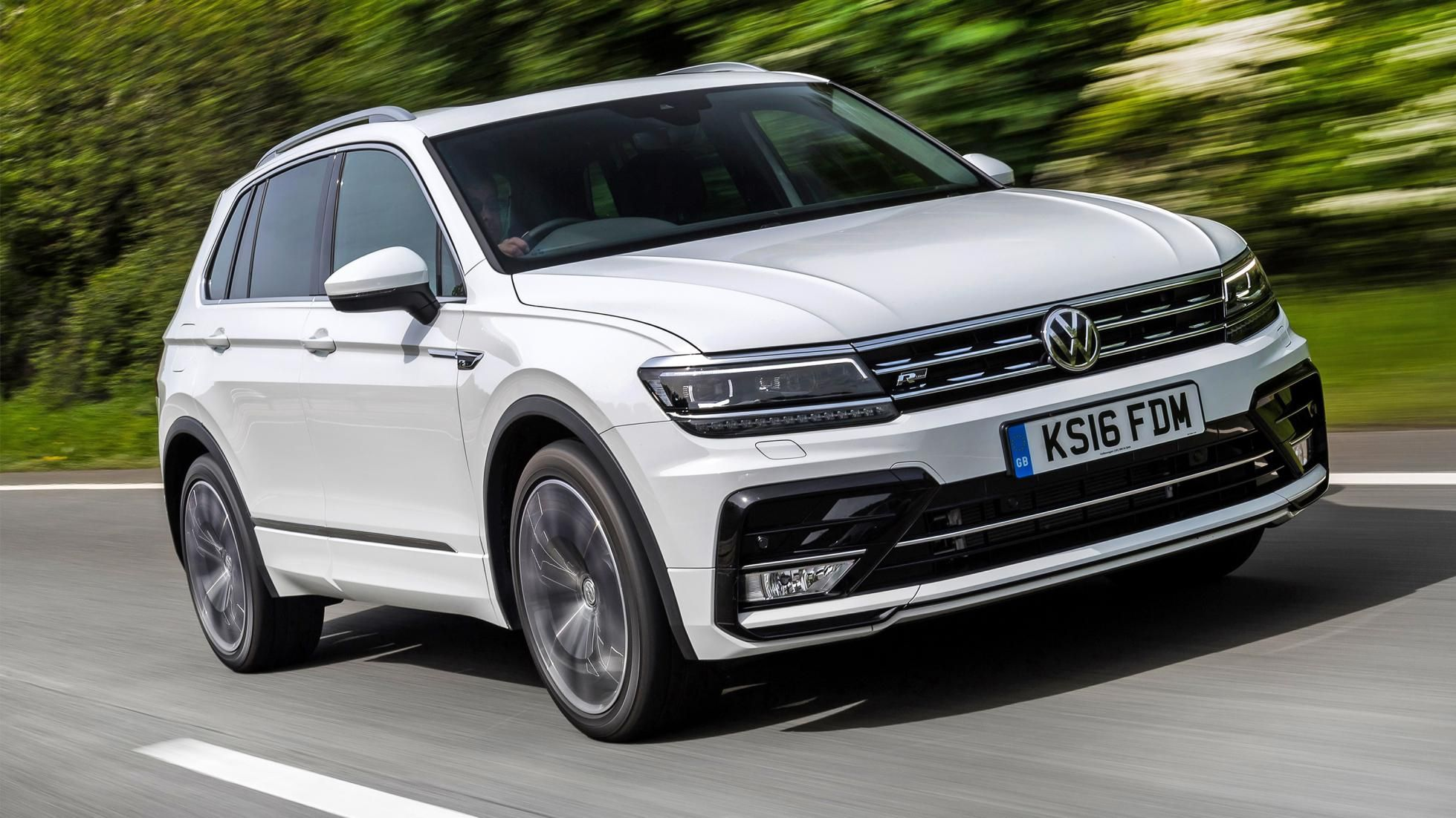 2020 Volkswagen Tiguan Review Top Gear In 2020 Volkswagen Cc Car Volkswagen Suv