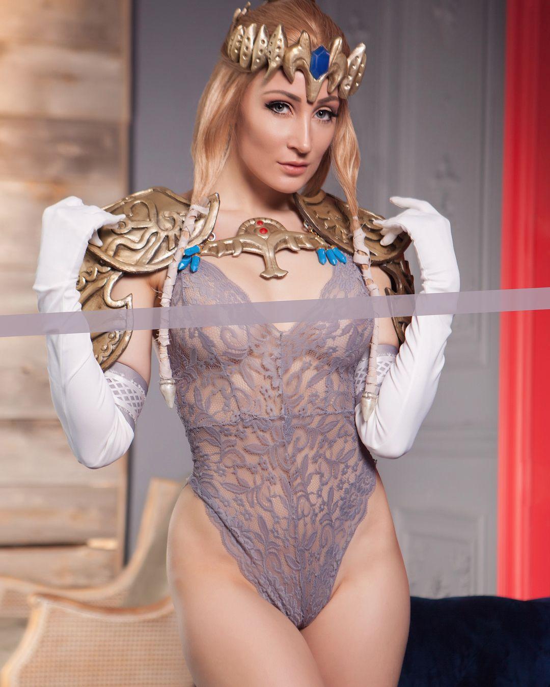 Size kk naked tits
