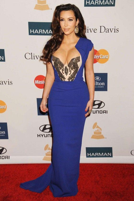 Kim Kardashian Dress | Kim Kardashian blue dress cleavage-17 ...
