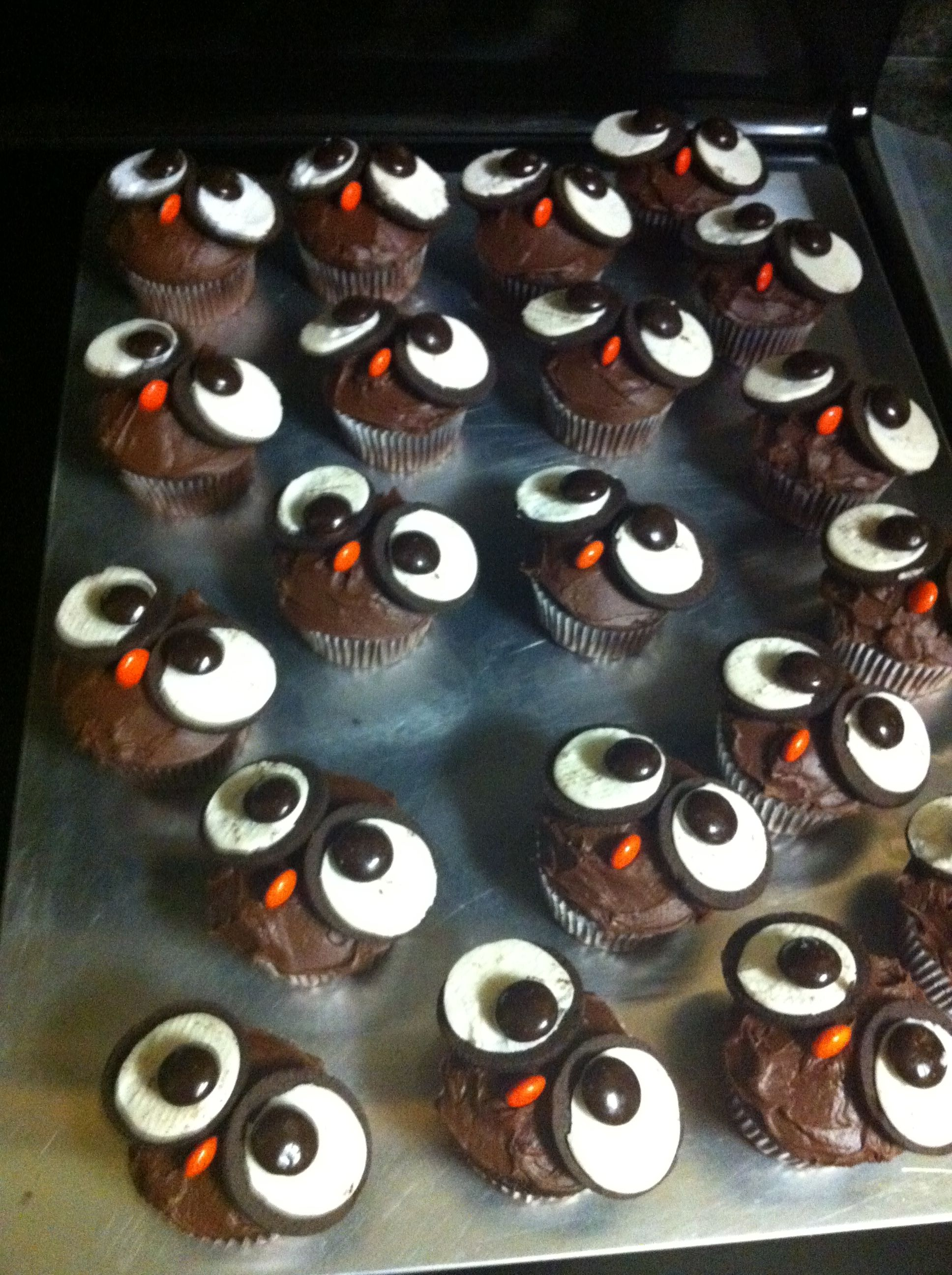 owl cupcakes    very easy  great for school bake sale