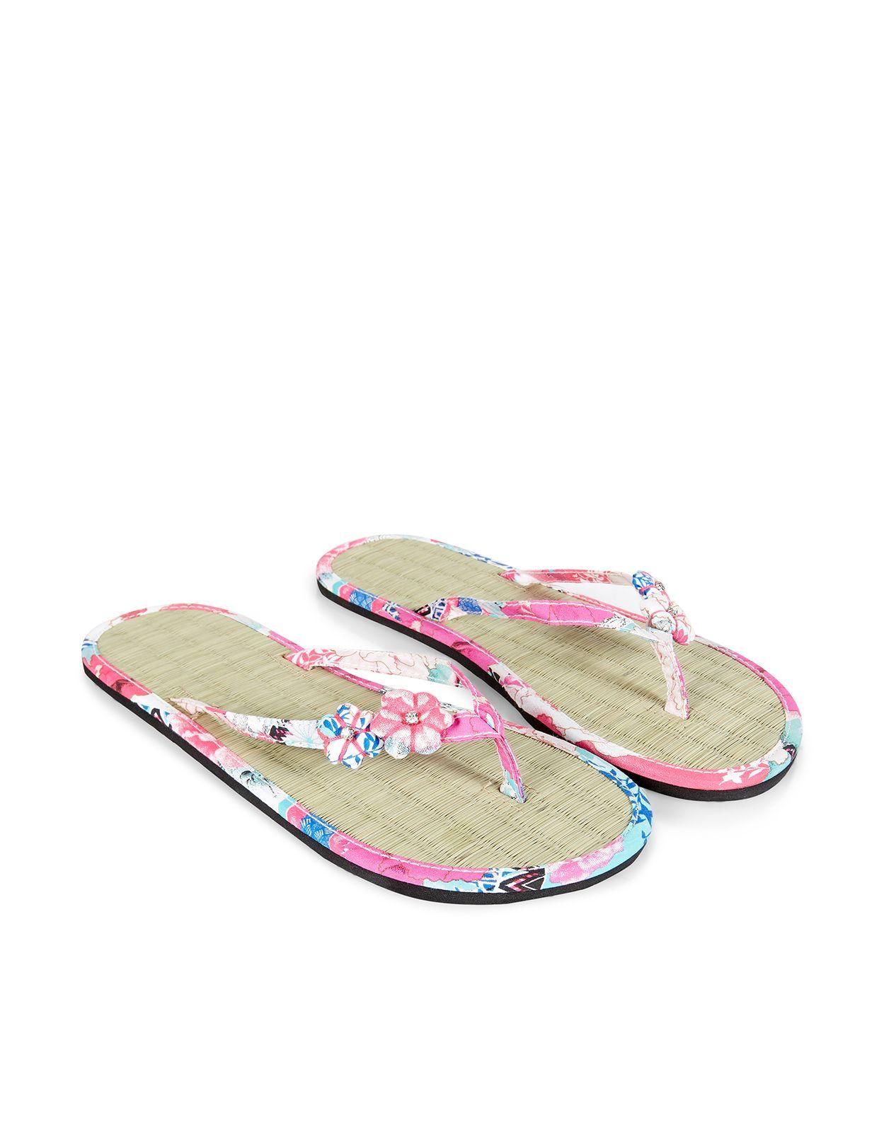 dad317b5df6b Oriental Flower Seagrass Flip Flops