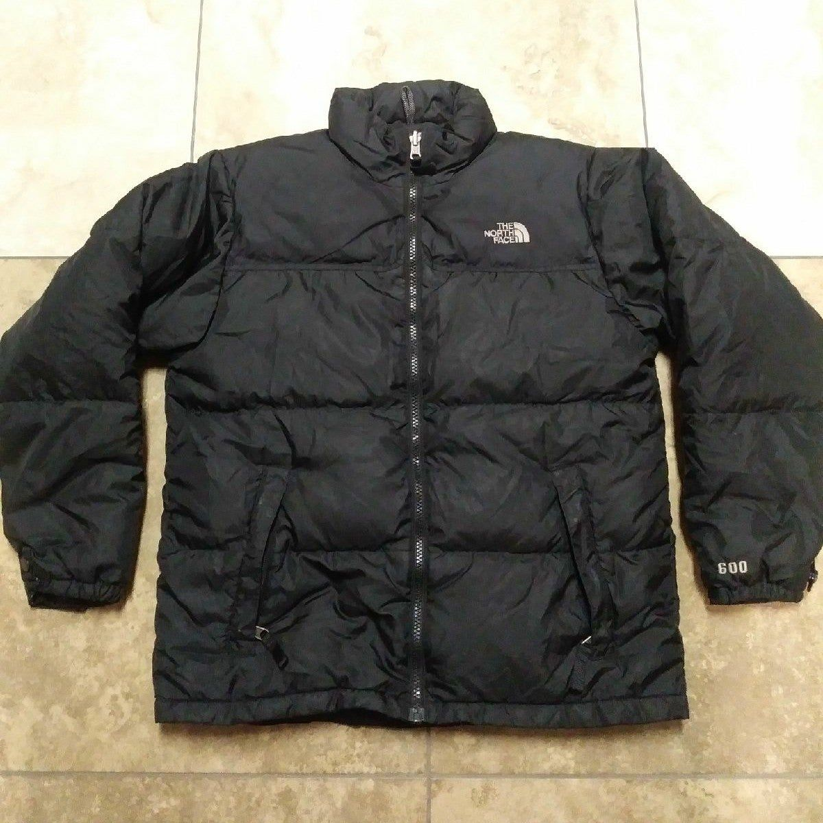 This Is A Black The North Face Puffer Down 600 Jacket It Is A Boys Size Large Just Needs A Wash The North Face Puffer North Face Puffer Jackets [ 1200 x 1200 Pixel ]