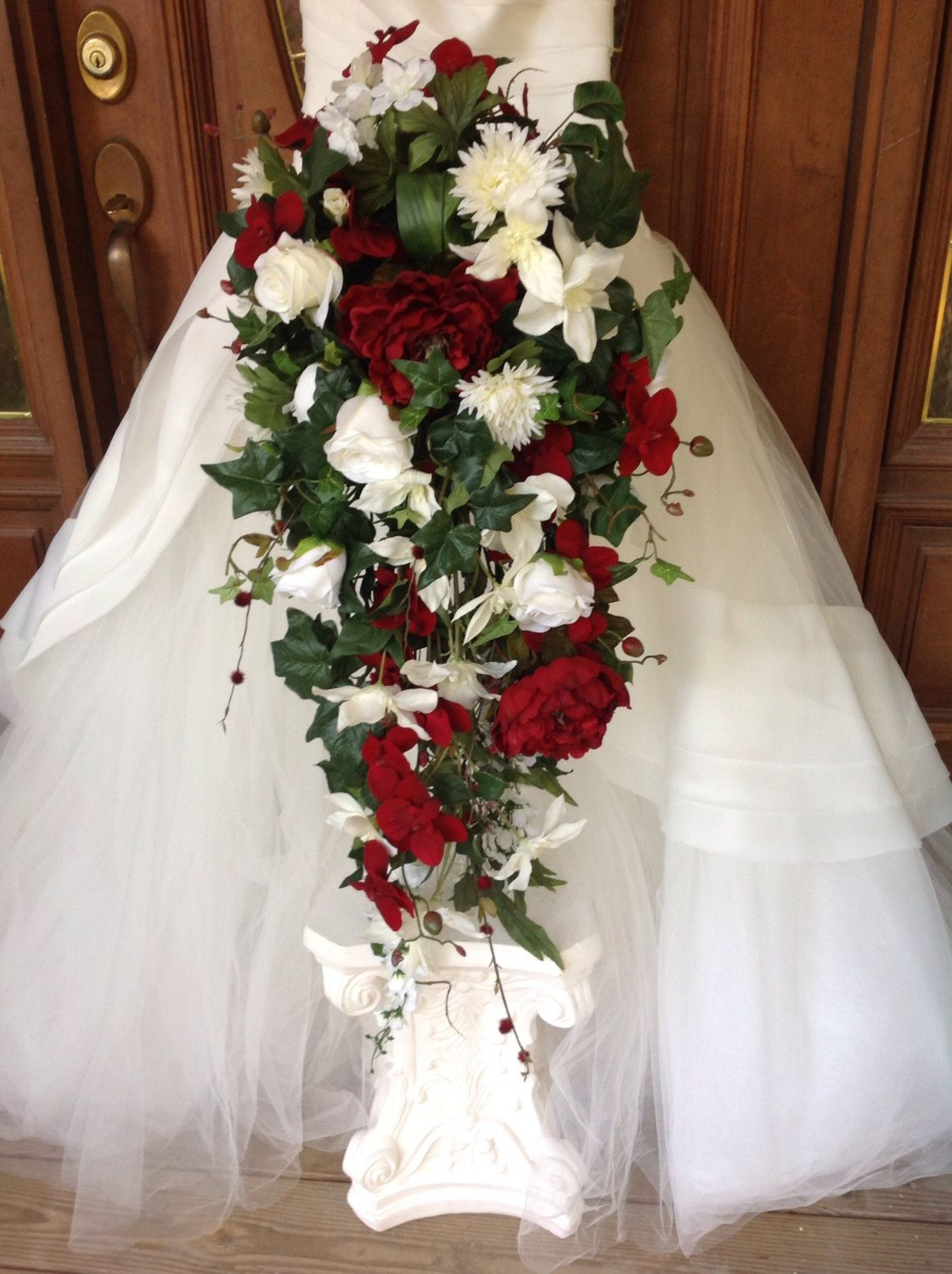 Red White Bouquet Red And White Grande Cascade Bouquet Red