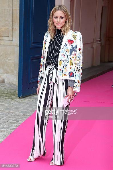 Fotografia de notícias : Olivia Palermo arrives at the Schiaparelli Haute...