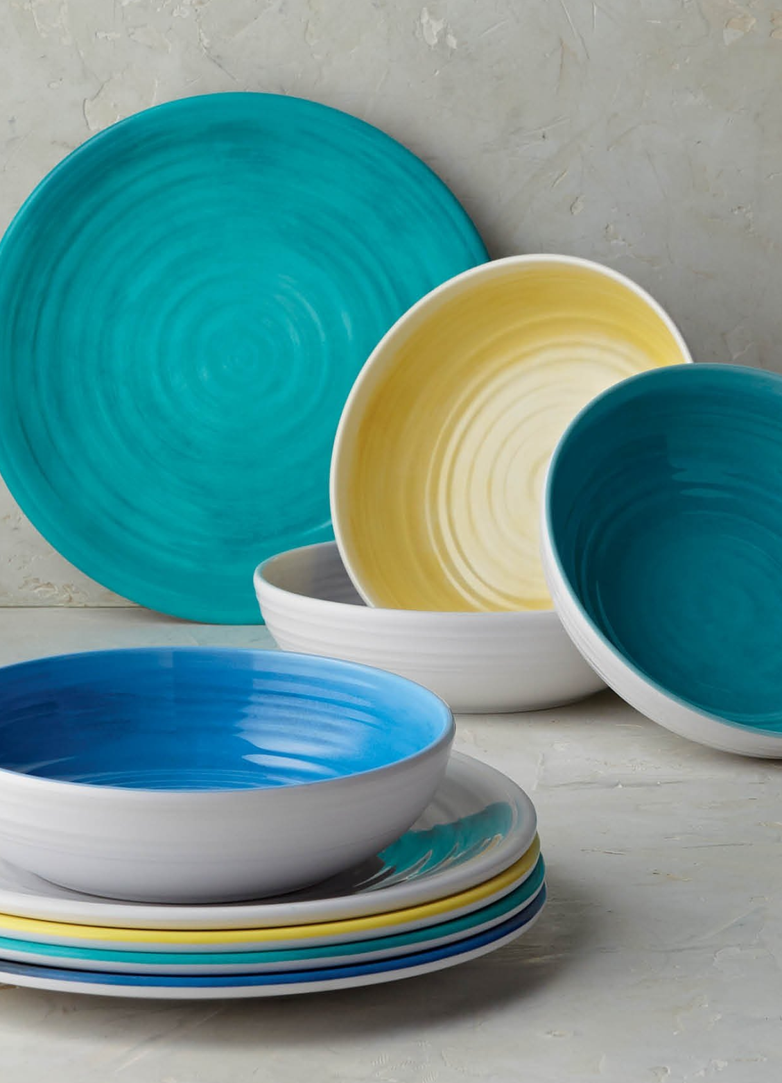 Alfresco Melamine Dinnerware Collection Frontgate Colorful Dinnerware Outdoor Dinnerware Colorful Dishware