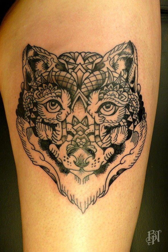 tatouage t te de loup par bleu noir tatouage tatoueur. Black Bedroom Furniture Sets. Home Design Ideas