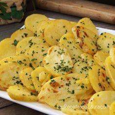 Para una comida o cena especial puedes acompañar tu platillo principal (Pavo, carne, pescado) con estas deliciosas Papas al Horno Saludables.