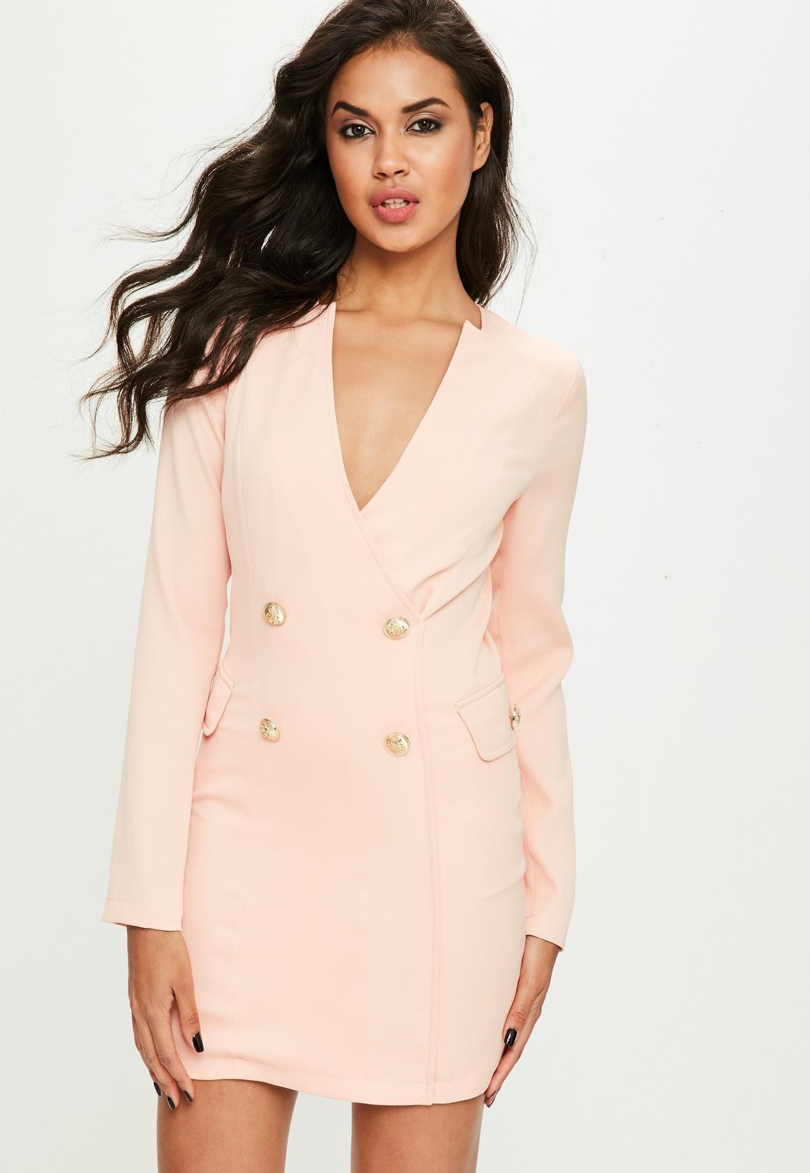 183f3d43d16 Vestido blazer de crepé con botones en nude