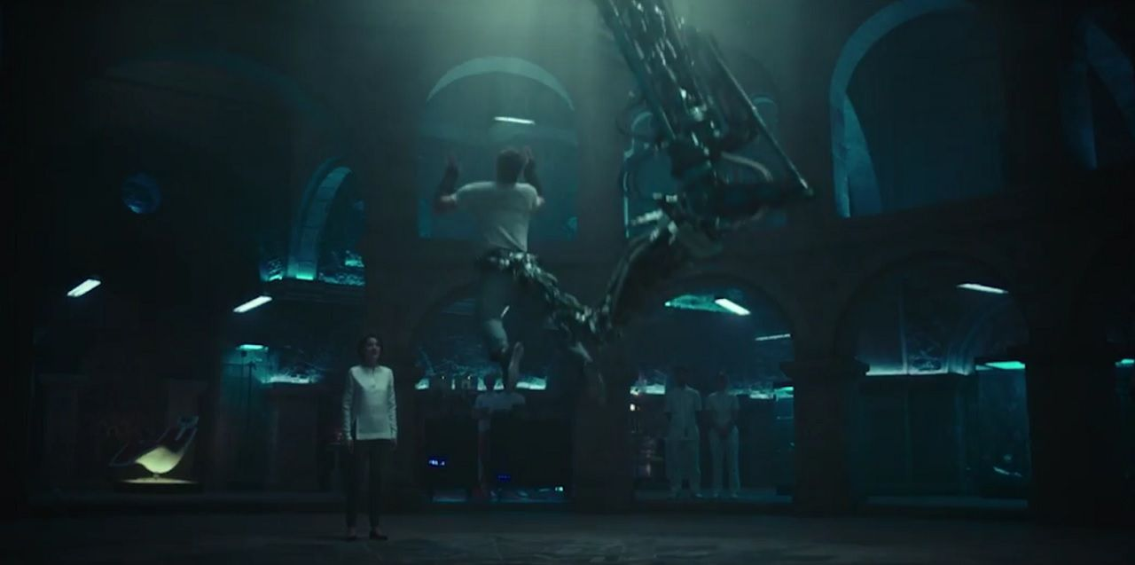 Abstergo has a weird Animus in the Assassin's Creed movie: Late night talkshow host Jimmy Kimmel just hosted the premiere of the trailer…