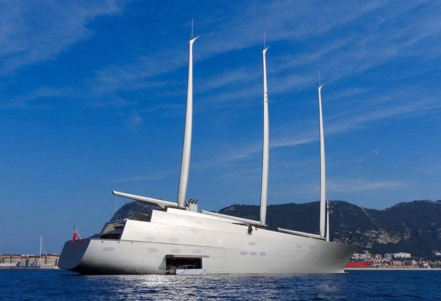 The 142 8m S Y A Largest Private Sailing Yacht In The World Had