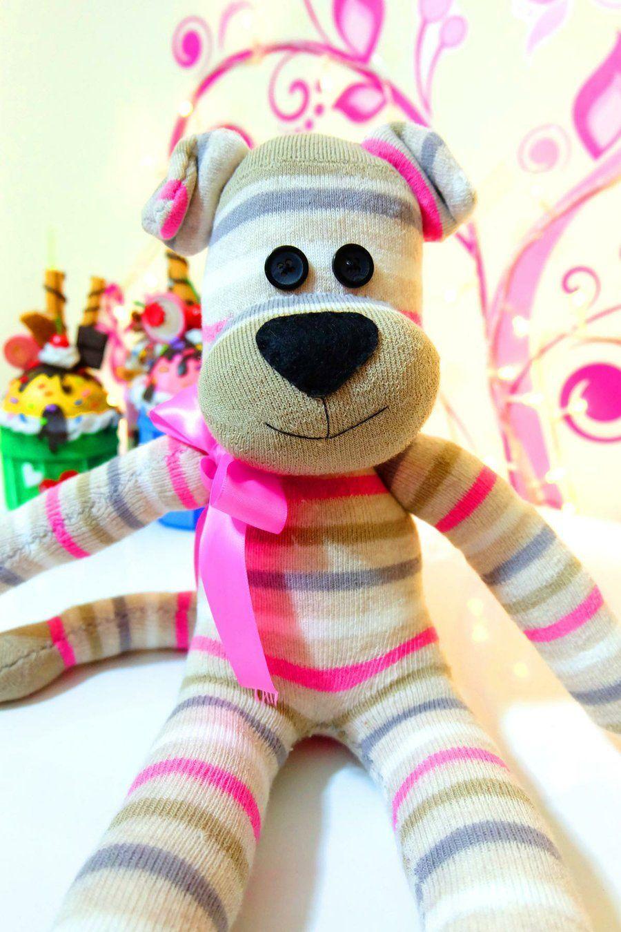Haz Un Perro De Peluche Con Calcetines Perros De Peluche Munecos Con Calcetines Calcetin De Animales