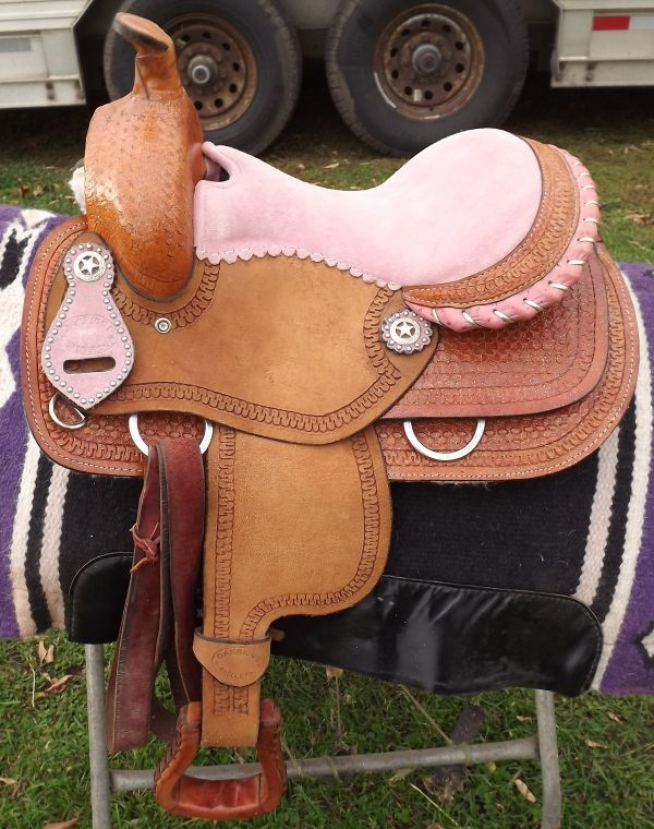 Adorable Pink Accented Youth Saddle - Almost New | Everything Pony