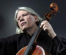 Peter Bruns, violoncelo