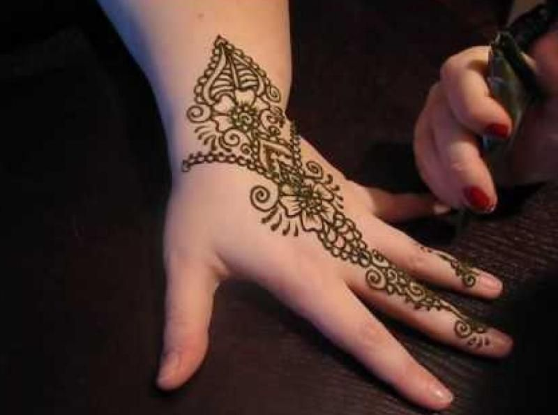 Mehndi Flower Designs For Hands : Simple floral henna hand arabic.jpg 800×595 tattoos pinterest