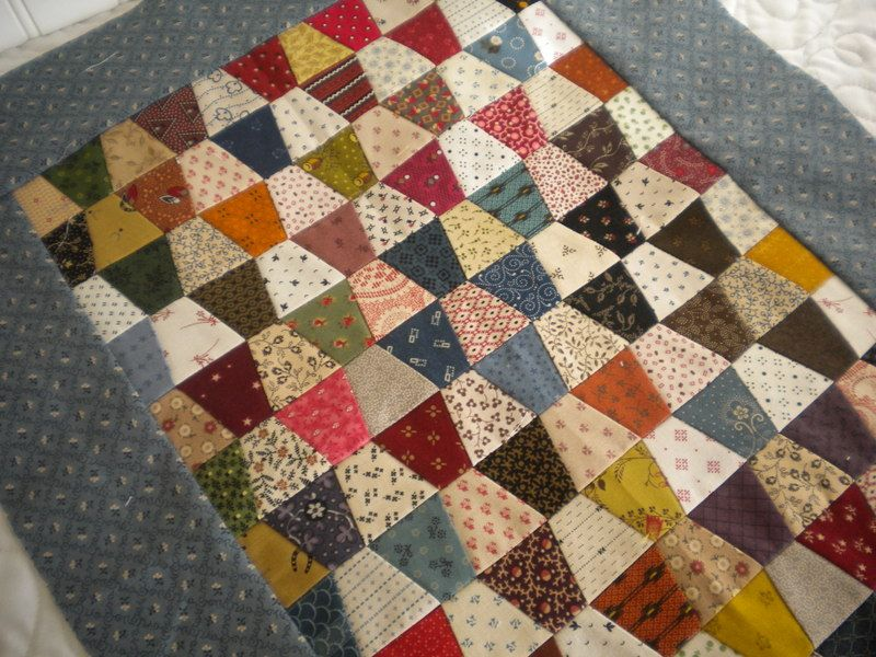 Mini Charm Pack Patterns and Projects | Charm pack, Tumbler and ... : charm square quilt pattern - Adamdwight.com