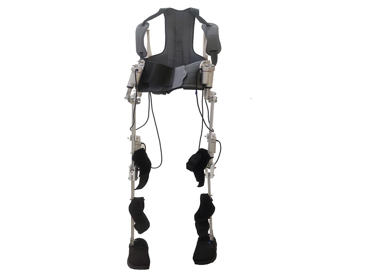 Genelek S Robotic Exoskeleton Allows Paralyzed Old Aged People To Walk Spinal Cord Injury Spinal Cord Traumatic Brain Injury