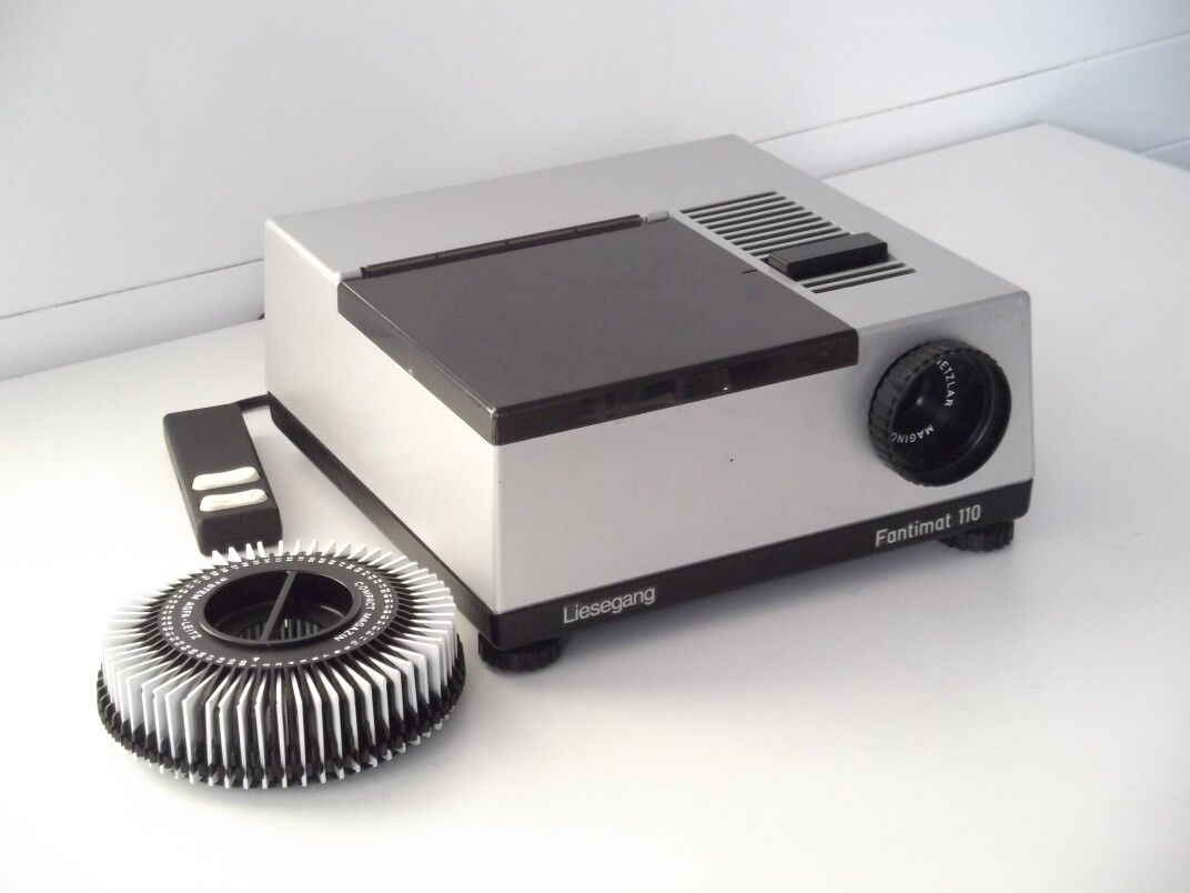 mini slide projector for 8 mm films my retrotech pinterest