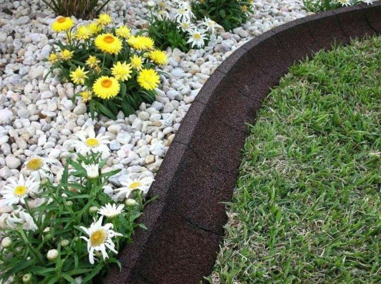 Bordes y separadores para parcelas de jardines 24 ideas ideas jardin pinterest garden - Separador jardin ...