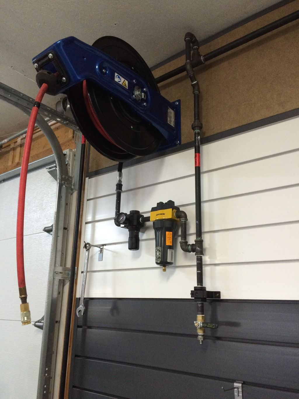 Show us your compressor plumbing and manifolds Page 5